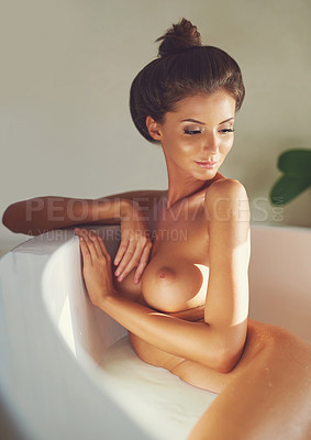 picture-of-nude-females