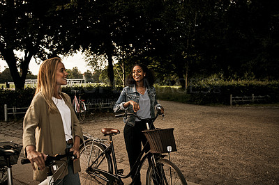 Buy stock photo Shot of young attractive female best friends spending time together outside