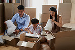 Working together as a family on moving day