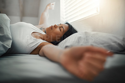 Waking up after a good night\'s sleep